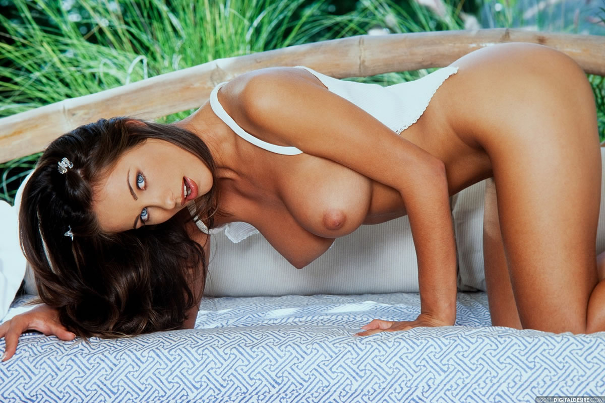 0193-kyla-cole-digital-desire-06