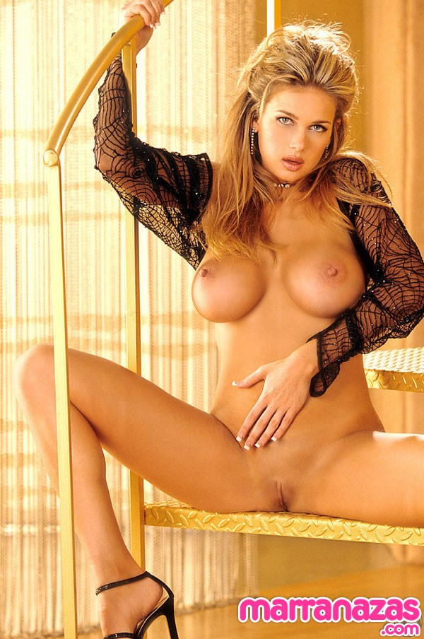 0595-kimberly-nicole-playboy-15