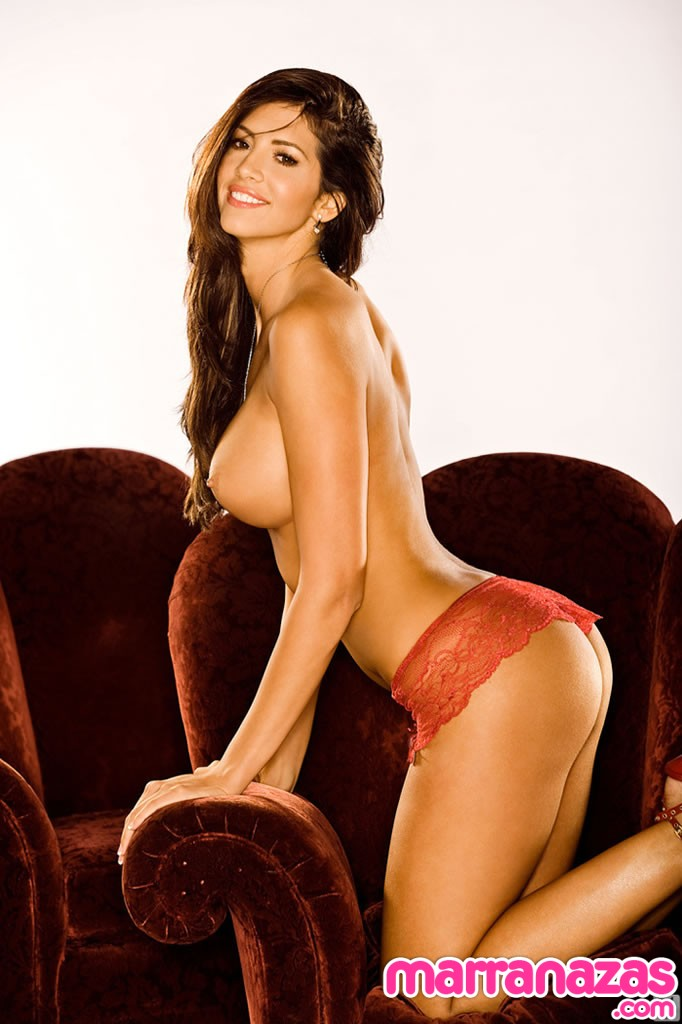 0347-hope-dworaczyk-playboy-04