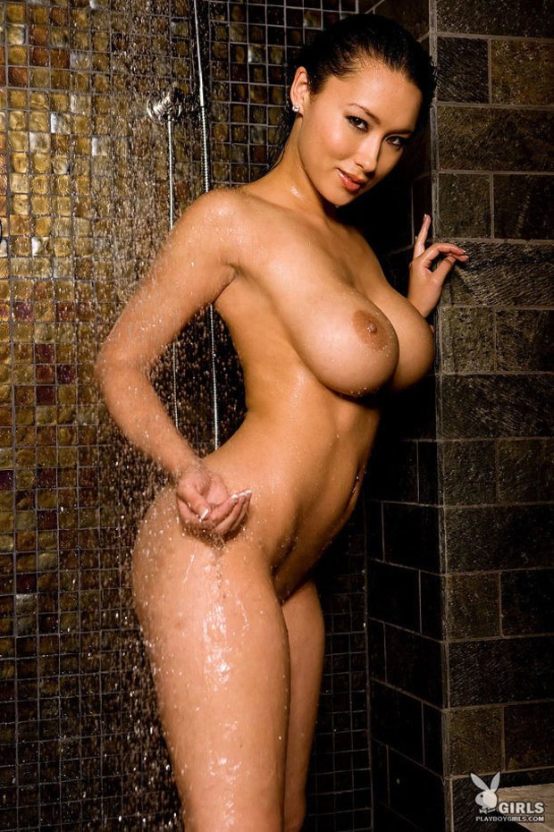 2607-julri-waters-playboy-05