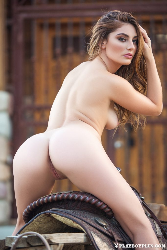 stunning-cowgirl-lauren-love-teases-with-her-perfect-curvy-body-outdoors-10