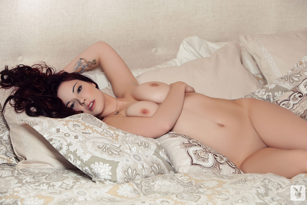 elizabeth-marxs-breakfast-in-bed-14